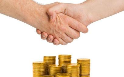 Jak zwiększyć zatrudnienie na etatach - o restytucji ozusowania umów zleceń