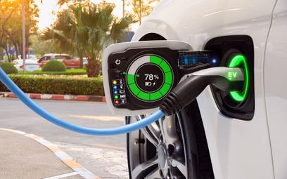 Chińska droga do taniej elektromobilności
