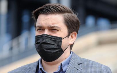 Andrusiewicz: Sprawa antyszczepionkowców stanie na Radzie Ministrów