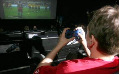 """""""FIFA"""" integruje skazanych z dziećmi"""