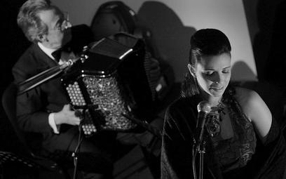Lina Rodrigues, wykonawczyni pieśni fado