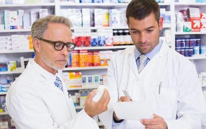 Technicy farmacji protestują przeciw planom odebrania im prawa realizacji recept w aptece