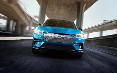 Oficjalne zdjęcia Mustanga Mach E. Tak wygląda elektryczny SUV Forda