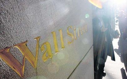 Kłopoty finansowe Wall Street wpływają na życie każdego Amerykanina