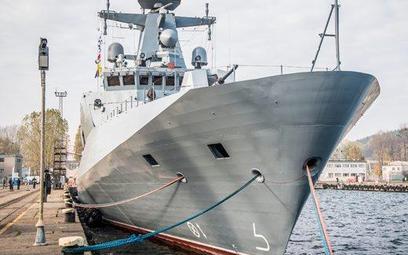 """ORP """"Ślązak"""", patrolowiec budowany przez 18 lat. W czwartek zostanie włączony do służby w marynarce."""