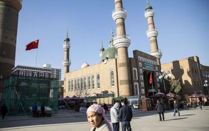 Apple zwalcza ustawę broniącą Ujgurów w Chinach
