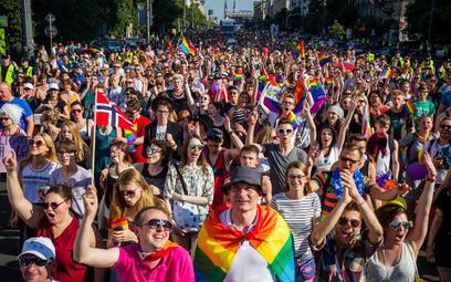 Czy ambasador USA wycofa w przyszłym roku poparcie dla Parady Równości?- pyta Robert Winnicki