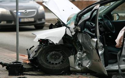 Bezpieczniejsze drogi uratowałyby życie 1000 Polaków
