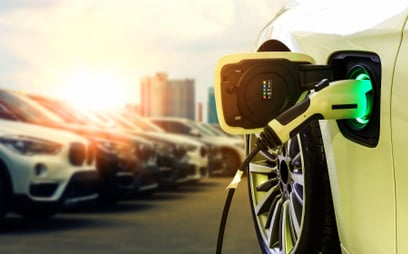 Kiedy samochody elektryczne będą tańsze od spalinowych?