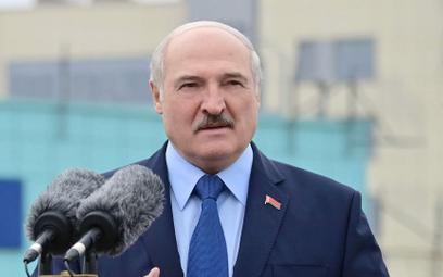 Raport UE: Łukaszenko na dezinformacyjnej wojnie z Polakami