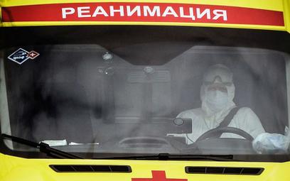 Mer Moskwy poprosił rząd, by do stołecznych szpitali zakaźnych wysłano studentów IV i V roku medycyn
