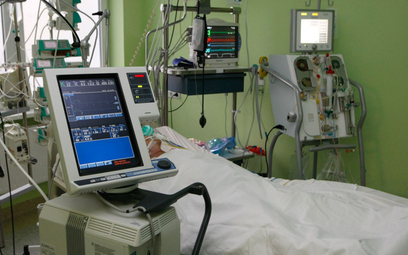 Koronawirus w Polsce. Wzrost liczby chorych na COVID w szpitalach po pięciu dniach spadków