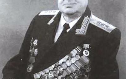 Gen. Aleksandr Sacharowski (1909–1983)