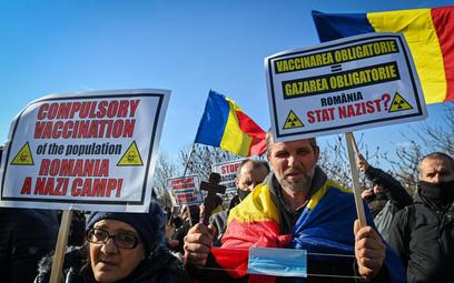 Koronawirus. Rumunia: Protest antyszczepionkowców w Bukareszcie