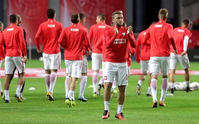 Jakub Błaszczykowski po meczu w Kopenhadze. Powodu do oklasków nie było.