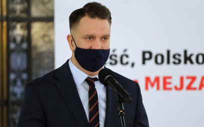 """Niezrzeszony poseł Mejza chwali """"Polski Ład"""". """"Opozycja wzięła rozwód z rozumem"""""""
