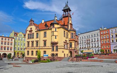 Odbywający się w Nowej Rudzie nieopodal Wałbrzycha festiwal Góry Literatury zaplanowano w tym roku n