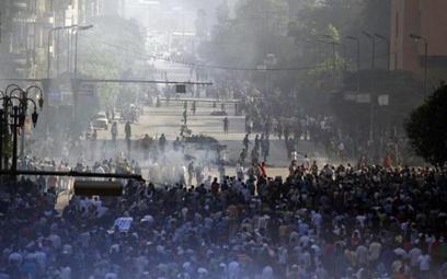 W Egipcie zabito więźniów? Tym żyje Kair.