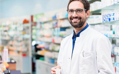 Zezwolenie na prowadzenie apteki: inspektor nie musi pytać samorządu