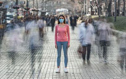 Koronawirus: zakrywanie twarzy to obowiązek, nie zalecenie