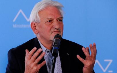 Prof. Andrzej Horban: Nauczyciele nie są szczepieni pierwsi, bo są młodzi i inteligentni