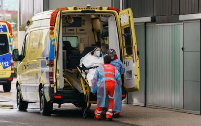 Polska i świat walczą z koronawirusem - relacja z 22 października