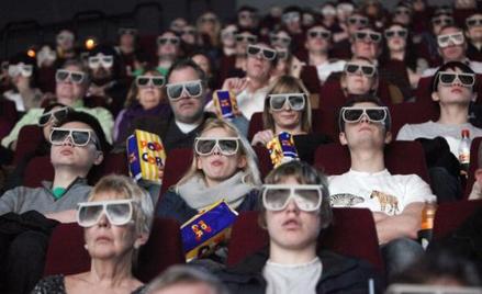 W pierwszym półroczu 2015 roku kina w Polsce sprzedały 21,4 mln biletów, o blisko 11 proc. więcej ni