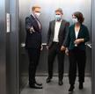 Przywódcy koalicjantów (od lewej szef FDP Christian Lindner oraz Robert Habeck i Annalena Baerbock z