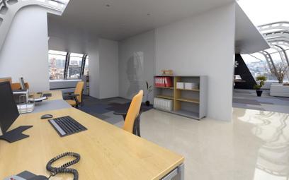Biuro w mieszkaniu: czy prąd i czynsz można zaksięgować w koszty według proporcji