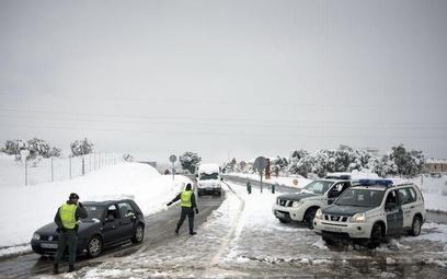 Hiszpania zmaga się z zimą
