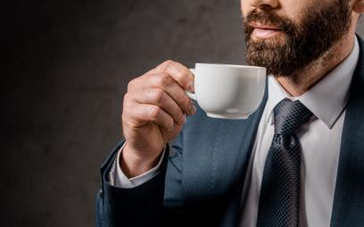 Szacuje się, że każdego dnia na całym świecie wypija się 3 miliardy filiżanek kawy.