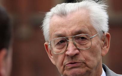 Leszek Moczulski: Gdy szef partii dyryguje wszystkim, to jest stalinizm