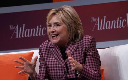 Clinton krytykuje władze USA, Rosji, Polski, Filipin i Turcji
