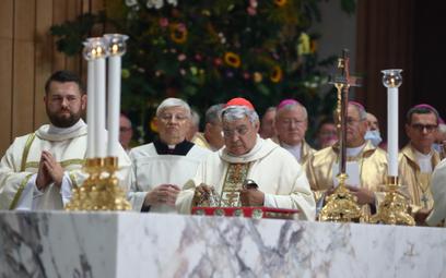 Papież beatyfikował kardynała Stefana Wyszyńskiego i Matkę Elżbietę Czacką
