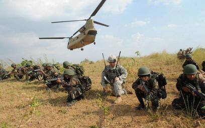 Filipiny: Armia popiera zerwanie umowy wojskowej z USA