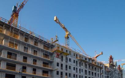 Niskie stopy procentowe nakręcają ceny mieszkań