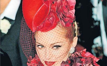 Madonna w roli Evity Peron, uważanej przez wielu Argentyńczyków za świętą