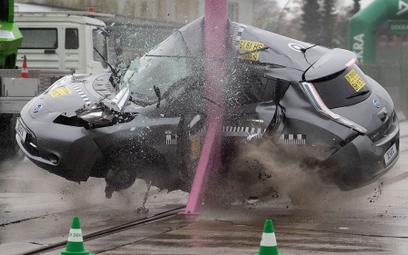 Wnioski po testach Dekry: elektryki tak samo bezpieczne jak auta z silnikiem spalinowym