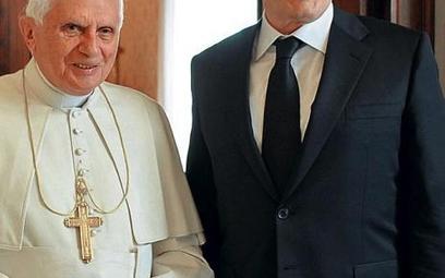 Czy Benedykt XVI odwiedzie od zmian premiera Gordona Browna?
