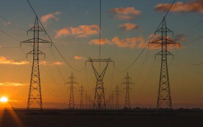Jak zdekarbonizować energetykę? Oto nowa strategia IEA