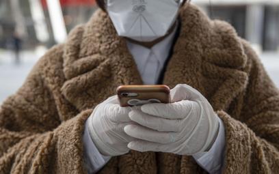 Chińskie smartfony zalewają Polskę. U siebie mają problem