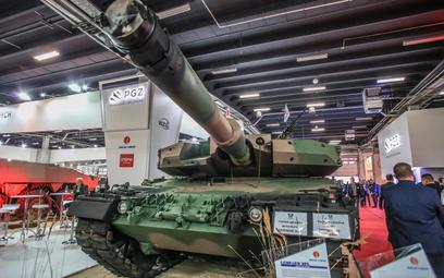 Zmodernizowany czołg Leopard 2A4 do wersji 2PL. Fot./Roman Bosiacki
