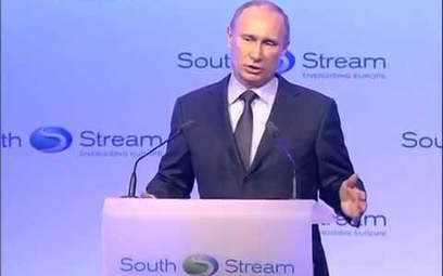 Władimir Putin wygłasza przemówienie na rozpoczęciu budowy gazociągu, który nigdy nie powstał.