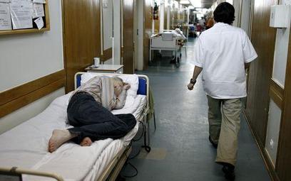 Pacjent ucierpiał, ale to wina bakterii, nie leczenia