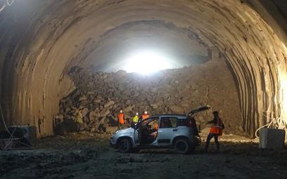 Przebito drugi tunel na przyszłej Zakopiance