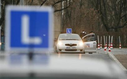 Minister przeprasza kandydatów na kierowców za odwołane egzaminy