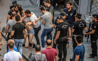 Turcja: Parada LGBT rozbita przez policję