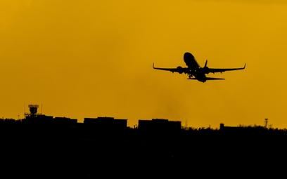 Zwiastun zmian: Francja jako pierwsza ogranicza loty krajowe