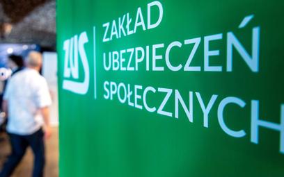 ZUS: Przybywa pracujących i firm. Składki płaci ponad 15 mln Polaków