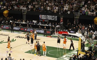 NBA: Milwaukee Bucks mistrzami po 50 latach